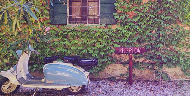 scooter-vespa-garden-villa-ca'zen-italy