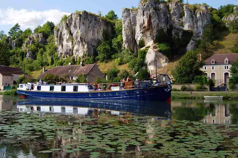 Luxury barge cruise, L'Art de Vivre