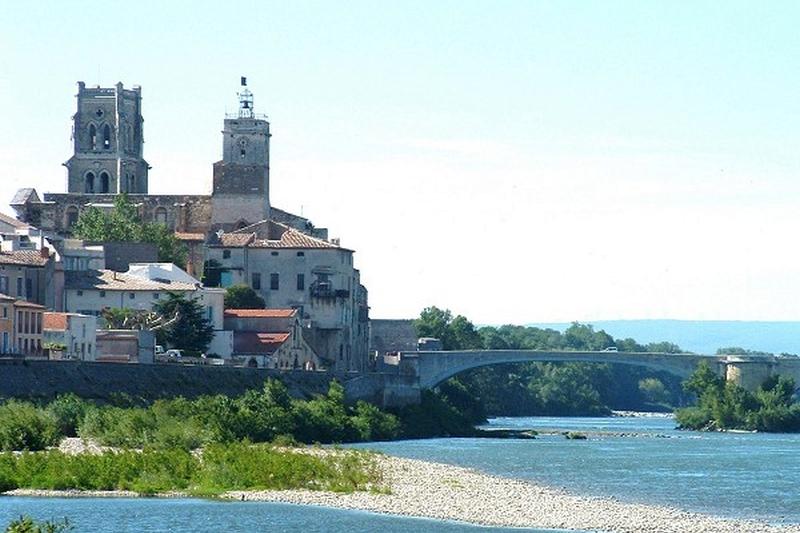 The Bridge of Saint Esprit is the oldest bridge crossing the River Rhône