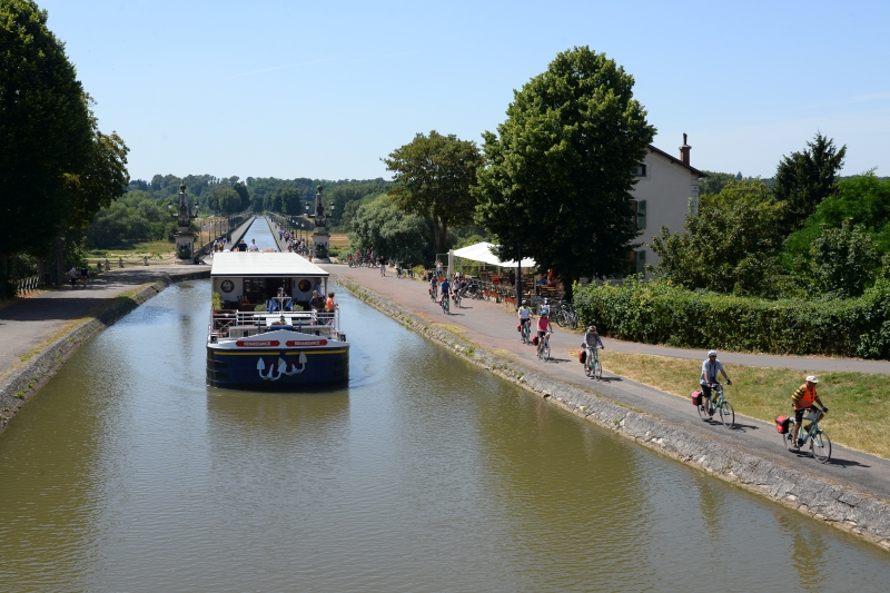 Bike and Barge Holiday in France