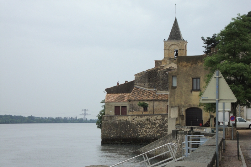 St-Étienne-des-Sorts has for generations been home to the best mariners on the River Rhône