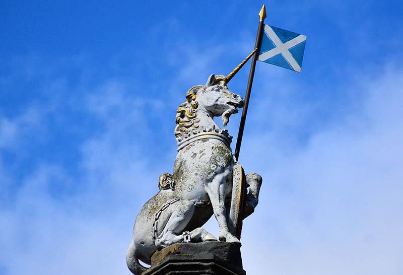 fun-scottish-facts-unicorn-scotland-flag